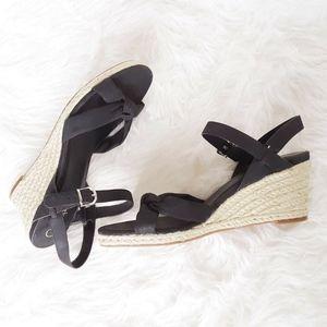 Cole Haan Air Shoes 9B Heels Platform Wedge Adjust